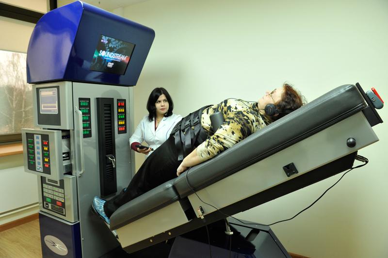 Как снять боль в спине при грыже позвоночника